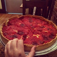 Photo taken at Lefty's Chicago Pizzeria by Brandyn on 6/23/2014