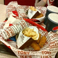 Photo taken at Tony Luke's by Fofo A. on 3/23/2013