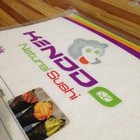 Photo taken at Kenddo Natural Sushi by Maria Luiza R. on 3/20/2013