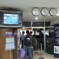 Photo taken at Bandara Syamsuddin Noor Airport by Tutwuri H. on 6/23/2012