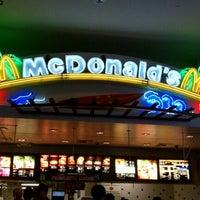 Photo taken at Mc Donald's by Ben J. D. on 6/4/2011