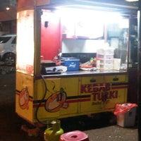 Photo taken at Kebab Turki by Aakhwan on 4/23/2012