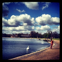 Photo taken at Kensington Gardens by Olya K. on 4/15/2012