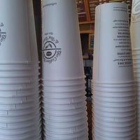 Photo taken at The Coffee Bean & Tea Leaf® by Holden K. on 3/17/2012