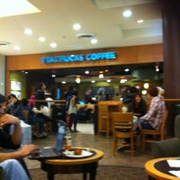 Photo taken at Starbucks by Valeska I. on 6/2/2012