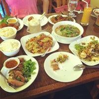 Photo taken at SriPraPhai Thai Restaurant by YoungJae Melissa K. on 7/7/2012