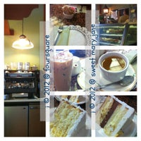 Photo taken at Sweet Lady Jane by 💕i /@yumyum.in.the.tumtum on 9/29/2012