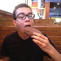Photo taken at Outback Steakhouse by Eric K. on 9/16/2012