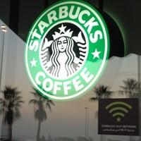 Photo taken at Starbucks by Bennie F. on 1/4/2013