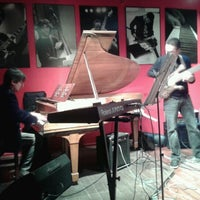 Photo taken at Thelonious, Lugar de Jazz by Benjamin F. on 9/16/2012
