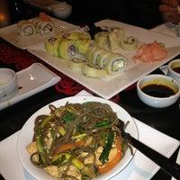 Photo taken at Oishi Sushi by Pauli on 8/1/2013