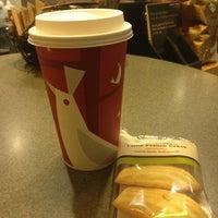 Photo taken at Starbucks by Rina on 12/28/2012