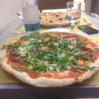 Photo taken at Pizzeria da Totò by Svetlana G. on 5/8/2015