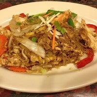 Photo taken at Sa La Thai by Donna T. on 8/10/2013