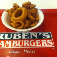 Photo taken at Ruben's Hamburgers by Gustavo on 10/5/2012