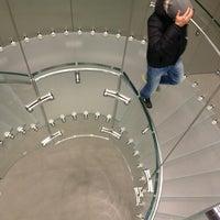 Das Foto wurde bei Apple Store, Rosenstraße von Ann am 2/4/2013 aufgenommen