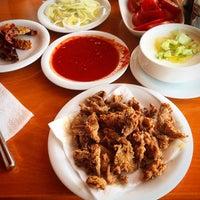 Photo taken at Kırkpınar Kasap Restaurant by Osman GÜROĞLU🇹🇷 on 8/3/2014
