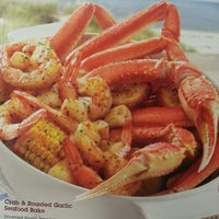 Photo taken at Red Lobster by Lisa T. on 8/16/2013