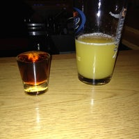 Photo taken at Hitz Pizza & Sports Bar by Lindsey on 11/4/2012