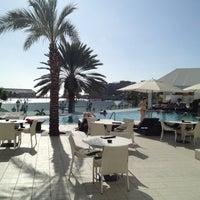 Photo taken at Renaissance Aruba Resort And Casino by Jae Hwan on 9/22/2012