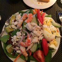 Photo taken at Pappadeaux Seafood Kitchen by Maria K. on 5/21/2014