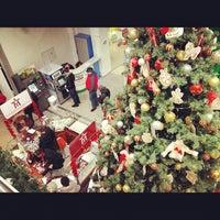 Снимок сделан в ЦУМ пользователем Katko 12/26/2012