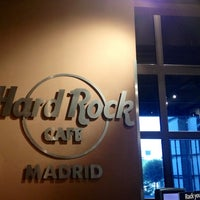 Photo taken at Hard Rock Cafe Madrid by Fio on 7/14/2013