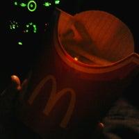 Photo taken at McDonald's by mEsTiZah ^. on 3/24/2013