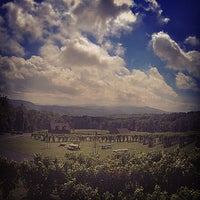 Photo taken at Fox Meadow Winery by Kirby I. on 9/10/2014