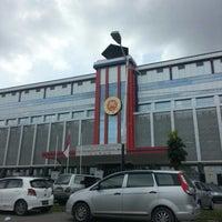 Photo taken at 崇文三语附属 Sekolah Nasional Plus Cinta Budaya by Angel W. on 11/5/2012