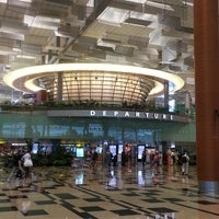 Photo taken at Changi Airport Terminal 3 by Joyce N. on 3/22/2013