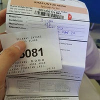 Photo taken at Post Office Klang by Kenny O. on 8/12/2016