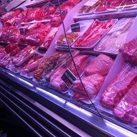Photo taken at Mercado de Las Ventas by Alberto on 5/4/2013