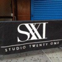Photo taken at Studio 21 by Cris A C. on 9/15/2012