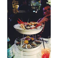 Photo taken at Ocean Grill by Tati G. on 9/15/2013