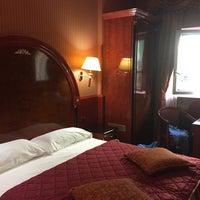Photo taken at Hotel Vittoria by Sasha🎸 S. on 7/4/2015