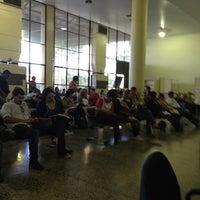Photo taken at DETRAN/DF - Departamento de Trânsito do Distrito Federal by Renio on 12/4/2012