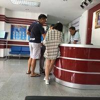 Photo taken at Phayathai Police Station by 🐯ⓨⓤⓤ💗 on 6/19/2016