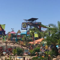 Photo taken at Aquatica San Diego by Mike on 8/13/2016