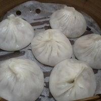 Photo taken at Long's Noodle House 小龍記麵家 by Jenny S. on 9/25/2012