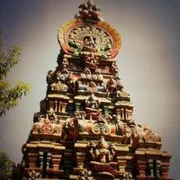 Photo taken at วัดพระศรีมหาอุมาเทวี (วัดแขก) Sri Mahamariamman Temple by Luknut N. on 1/2/2013