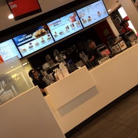 Photo taken at McDonald's by Molten on 10/18/2013