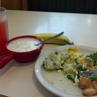 Photo taken at Souplantation by Janeth R. on 11/25/2012