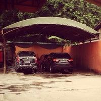 Photo taken at Pondok Service Car Wash by Arief B. on 1/5/2014