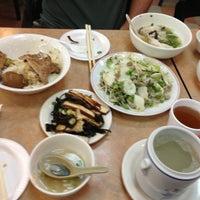 Photo taken at Taiwan Pork Chop House 臺灣武昌好味道 by Emily C. on 10/14/2012