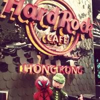 Photo taken at Hard Rock Café Hong Kong by Nizar on 1/7/2013
