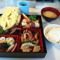 Photo taken at Fujiya Japanese Restaurant by Mody on 11/16/2012