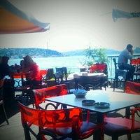 Photo taken at İskele Cafe & İzmir Lokmacısı by FK on 5/19/2013