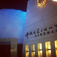 Photo taken at ArcLight Cinemas by Mike O. on 11/25/2012