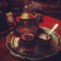 Photo taken at Dobra Tea by Emmanuel on 11/2/2012